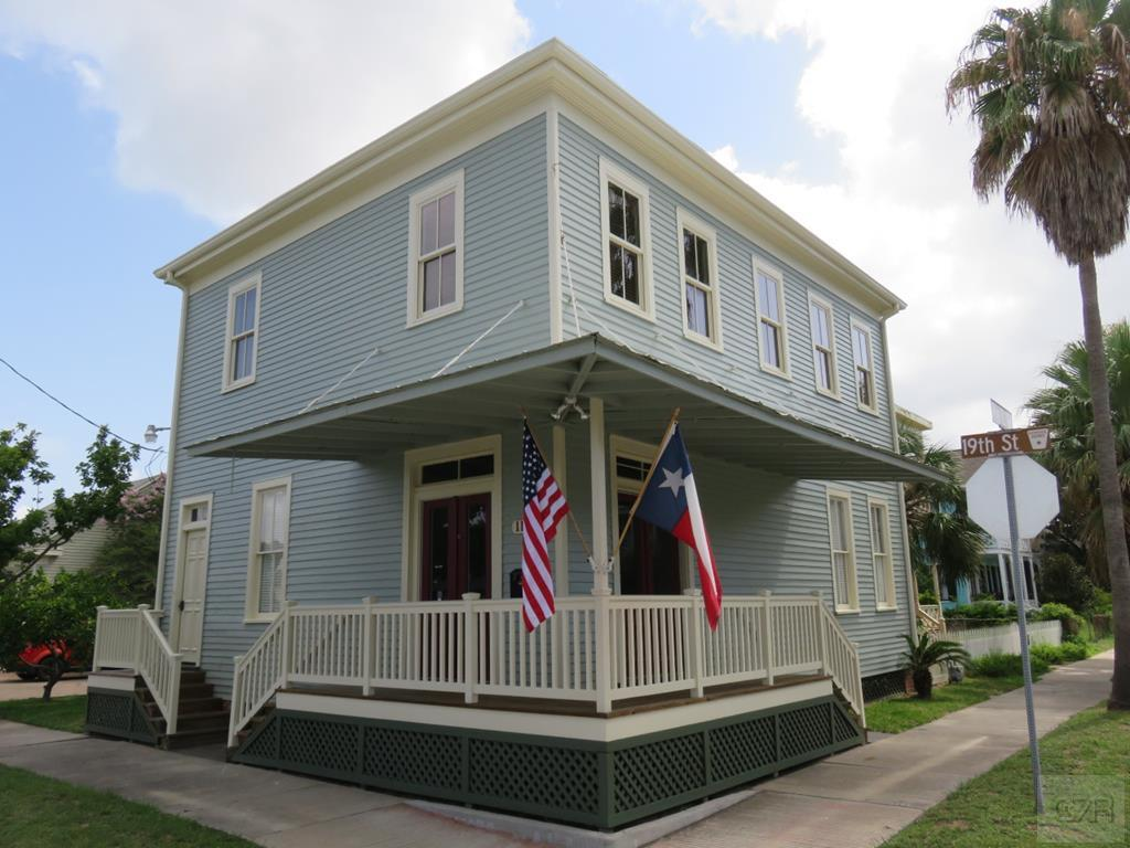 House for sale at 1126 19th Street in Galveston TX