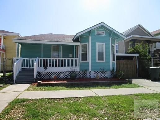 House for sale at 1005 Ave L in Galveston TX