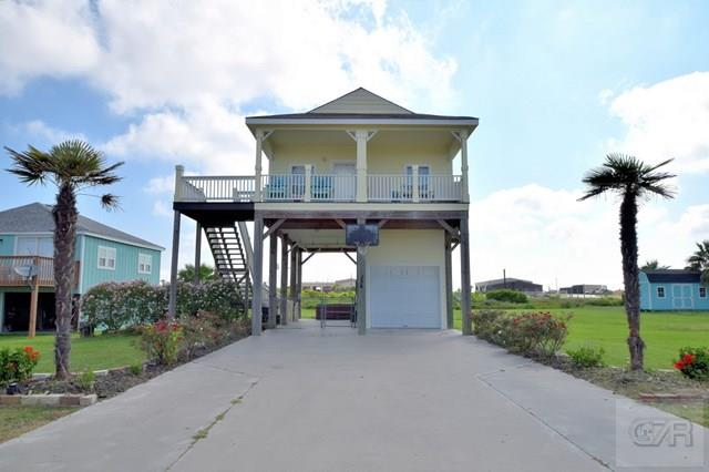 House for sale at 956 Monkhouse Drive in Crystal Beach TX