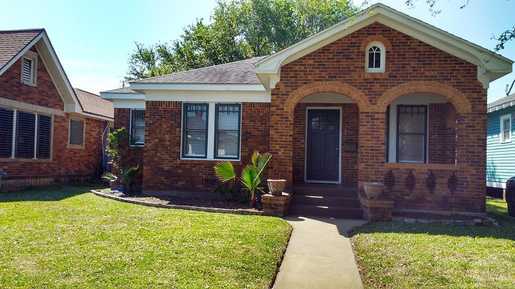 House for sale at 4705 Woodrow Avenue in Galveston TX