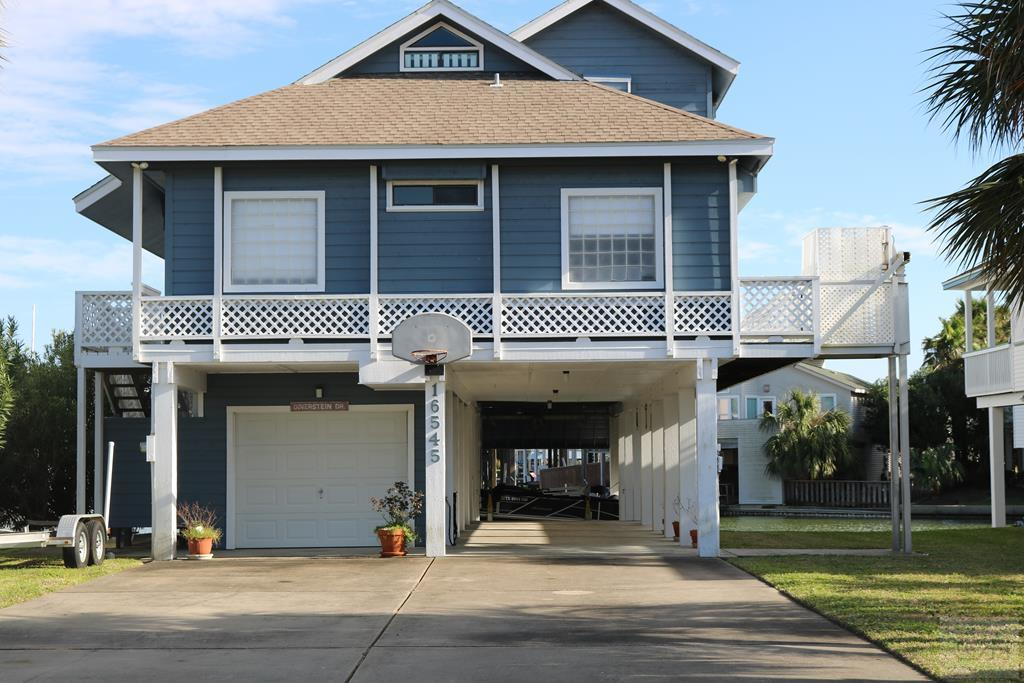 House for sale at 16545 Anchor Way in Jamaica Beach TX
