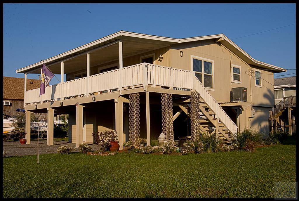 House for sale at 16610 Jean Lafitte in Jamaica Beach TX