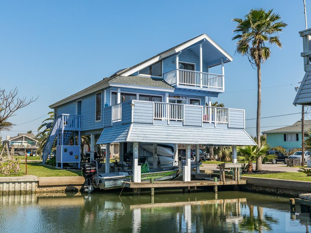 House for sale at 16503 Jamaica Cove Road in Jamaica Beach TX