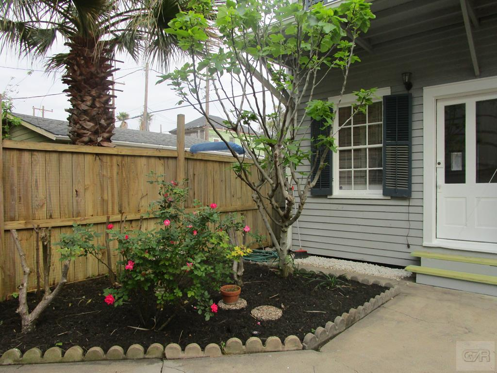 House for sale at 1216 Postoffice Street in Galveston TX