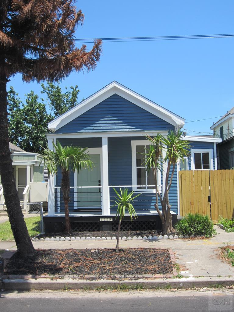 House for sale at 1216 26th Street in Galveston TX