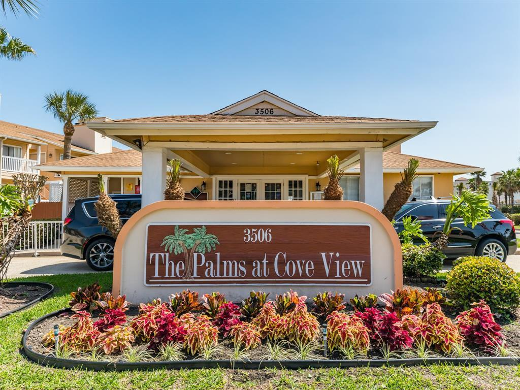 House for sale at 3506 Cove View Blvd in Galveston TX