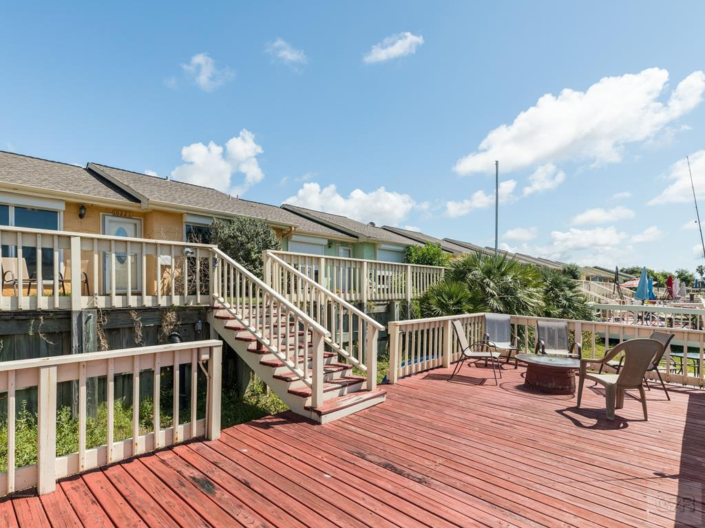 House for sale at 10221 Schaper in Galveston TX