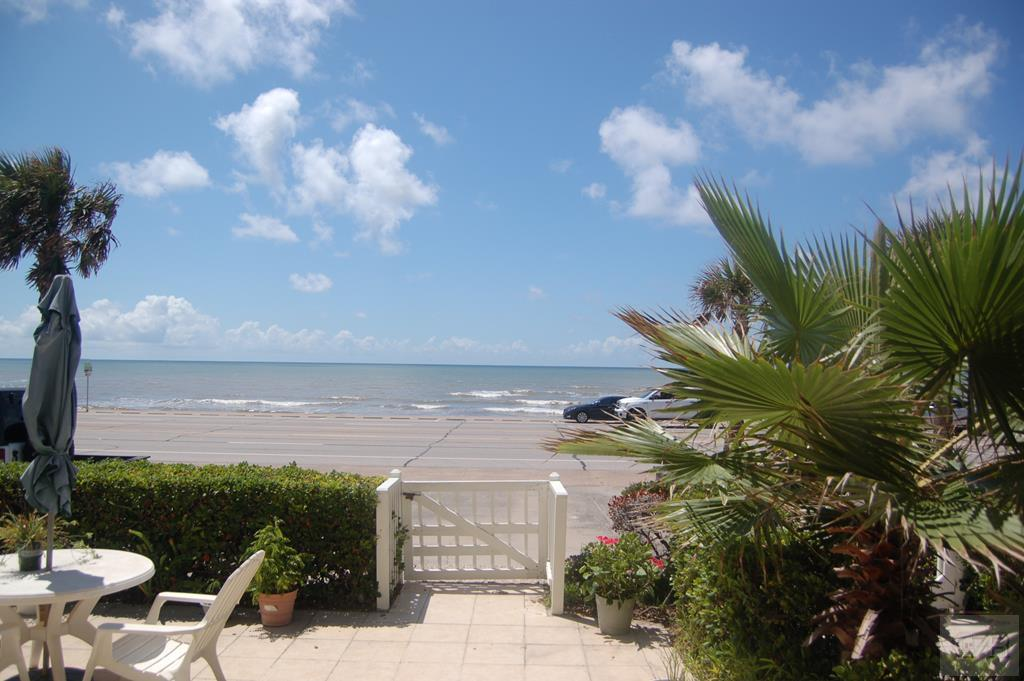 House for sale at 8302 Seawall Blvd in Galveston TX
