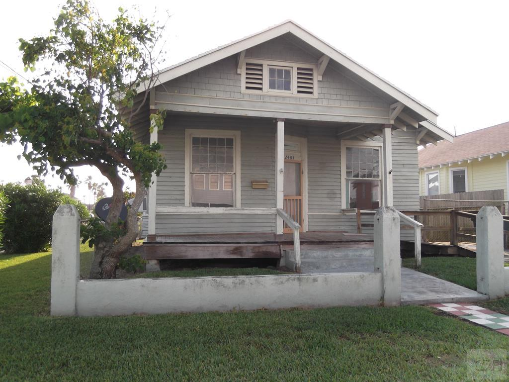 House for sale at 2404 33rd Street in Galveston TX