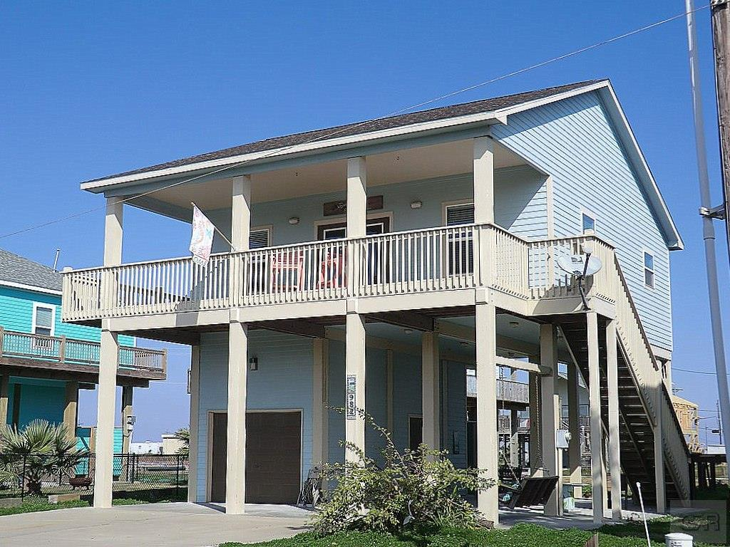 House for sale at 982 Biscayne in Crystal Beach TX