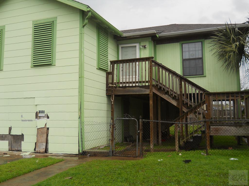 House for sale at 1014 50th Street in Galveston TX