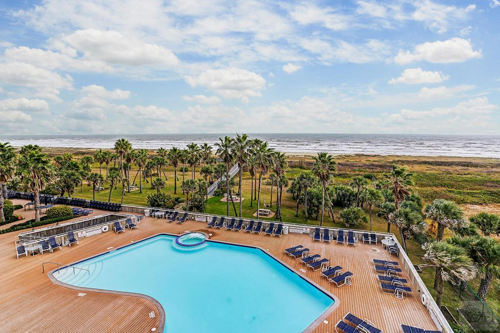 House for sale at 1401 Beach in Galveston TX