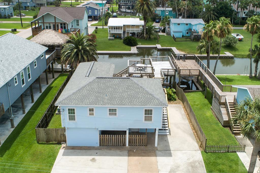 House for sale at 16507 Nassau Way in Galveston TX